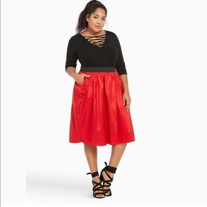 Torrid A-line Midi Skirt Red Size 3 NWT